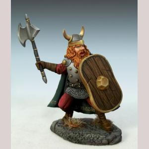 DSM1184 Male Dwarven Warrior with Battleaxe