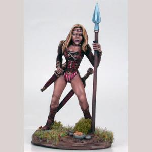 DSM7301 Female Beastmaster with Spear