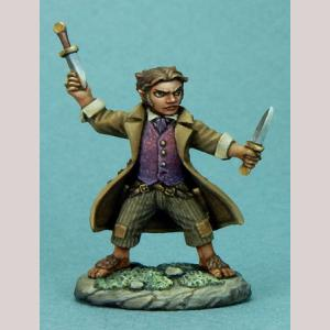 DSM7309 Halfling Rogue with Daggers