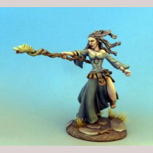 DSM7312 Female Mage with Staff