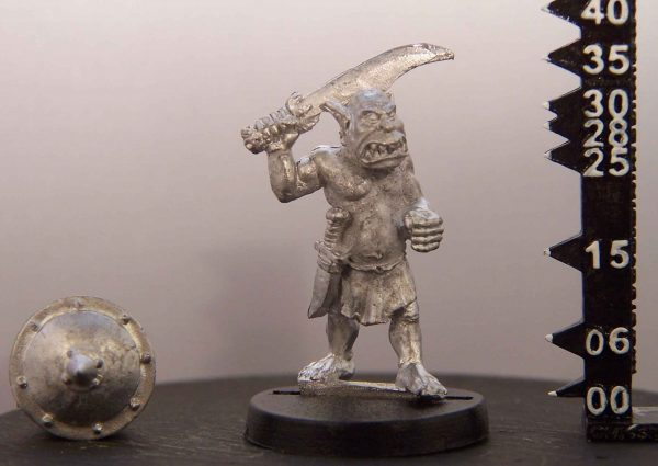 mmka0104 Orc with Sword