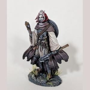 DSM6404 Female Cleric with Mace
