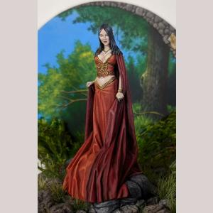 DSM1233 Female Elven Mage with Flowing Robes