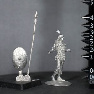 TMM8003 Wood Elf Spearman in Leaf-Scale