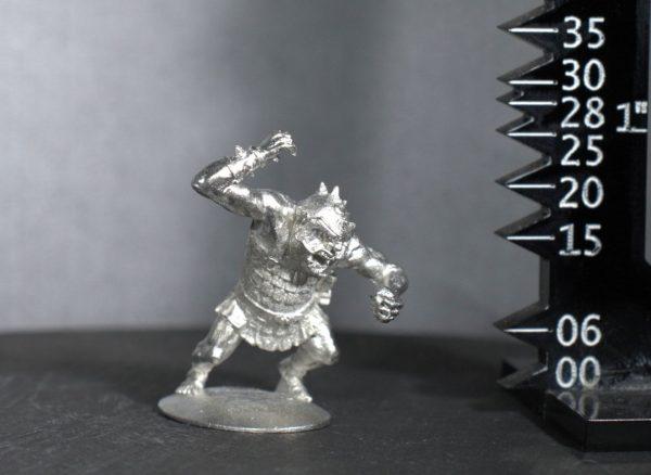 TMM88501 Heavy Goblin in Scale Armour